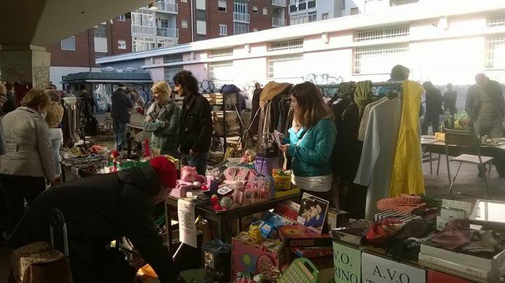 mercatino delle pulci  1.0 - foto